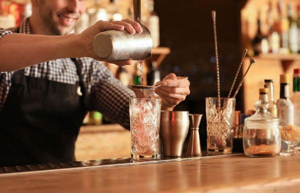 東京都立川市でのギャラ飲みで稼ぐ!金持ち男性とのやり方や相場が解る!