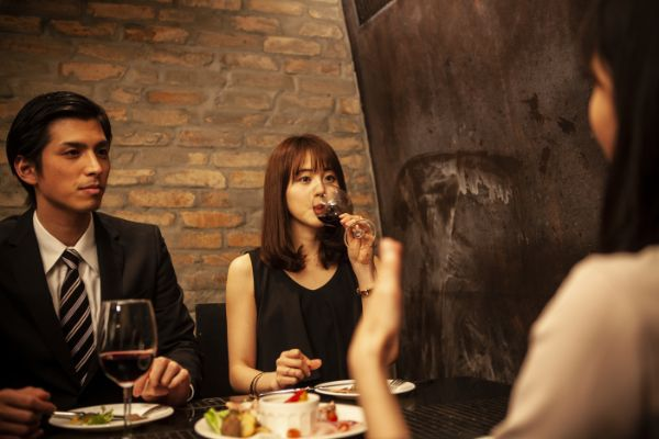 東京都恵比寿でのギャラ飲みで稼ぐ!金持ち男性とのやり方や相場が解る!