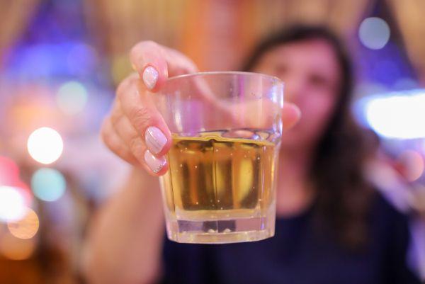 佐賀県でのギャラ飲みで稼ぐ!金持ち男性とのやり方や相場が解る!