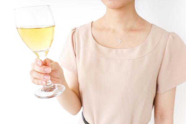 群馬県高崎市でのギャラ飲みで稼ぐ!金持ち男性とのやり方や相場が解る!